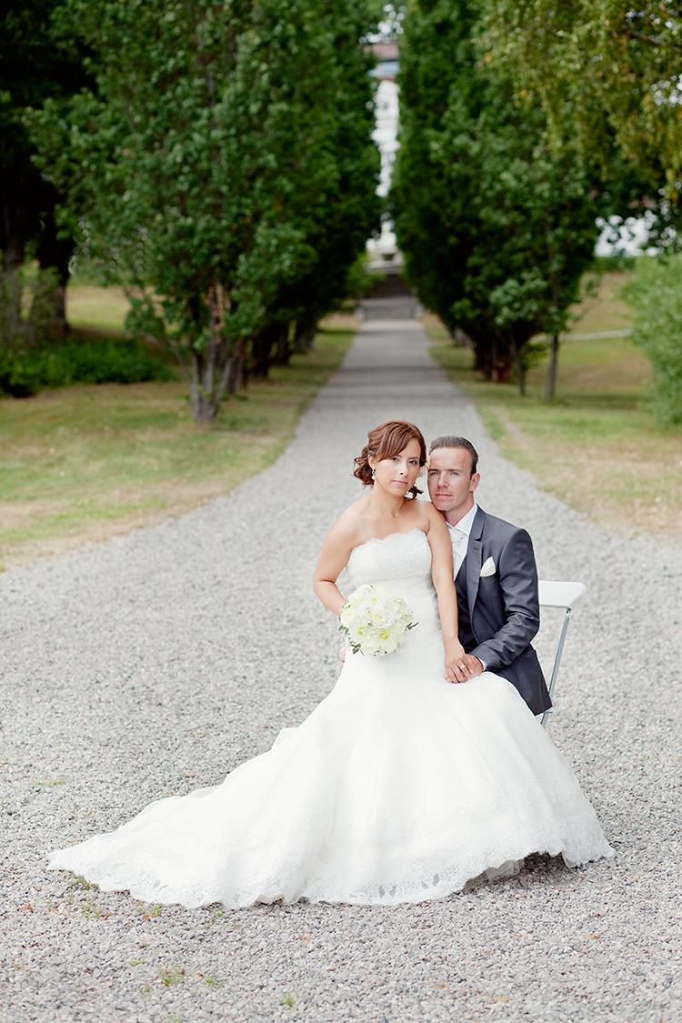 Bröllopspar på Bergendals fotograferat av bröllopsfotograf Jessica Lund i Stockholm