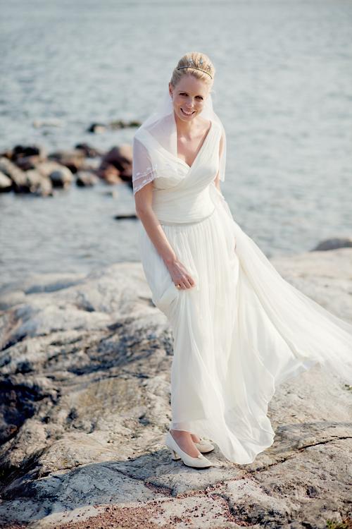 Svenskt, engelskt sommarbröllop i skärgården