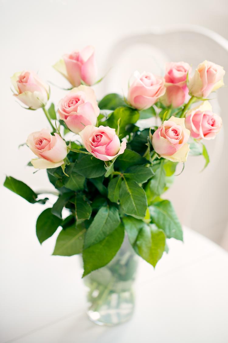 blommor till mamma på Mors Dag fotade av Jessica Lund