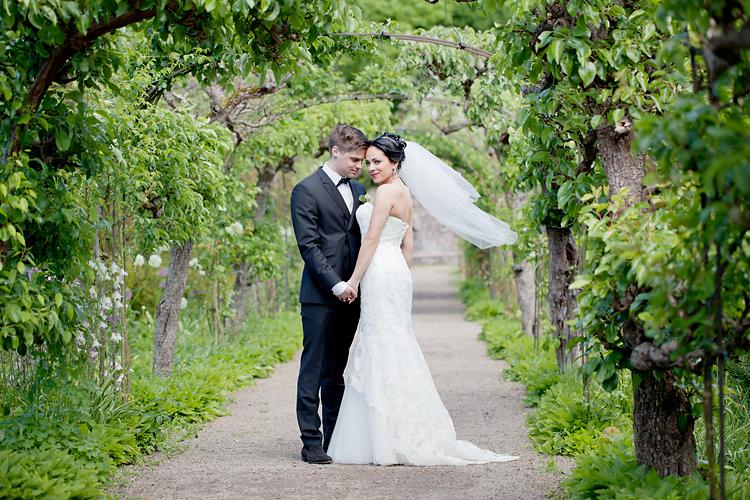 brudpar vid Sofiero fotograferat av Jessica Lund