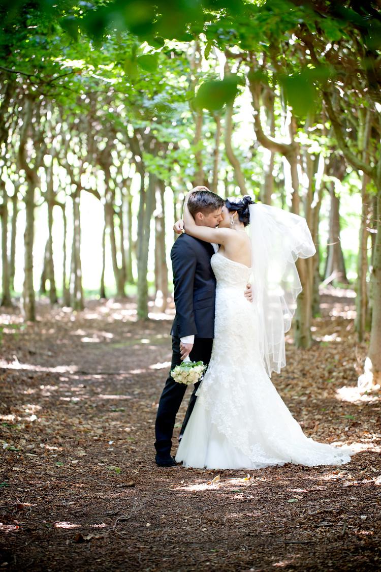 fotograf Jessica Lund fotograferar bröllop i Skåne, Helsingborg, Ängelholm, Klitterhus och Sofiero