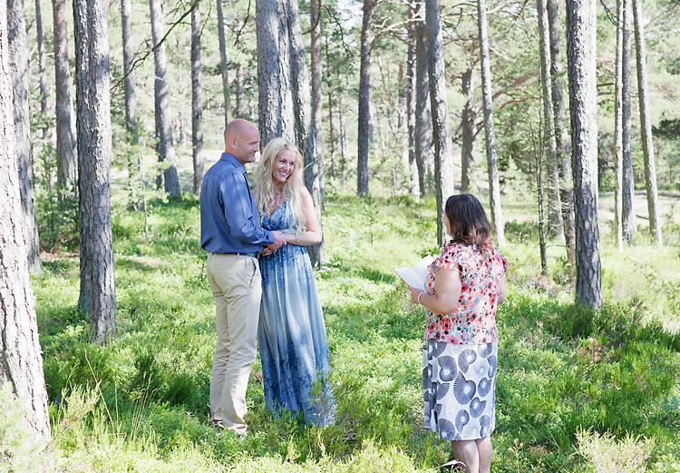 vigsel i skogen i Sandhamn