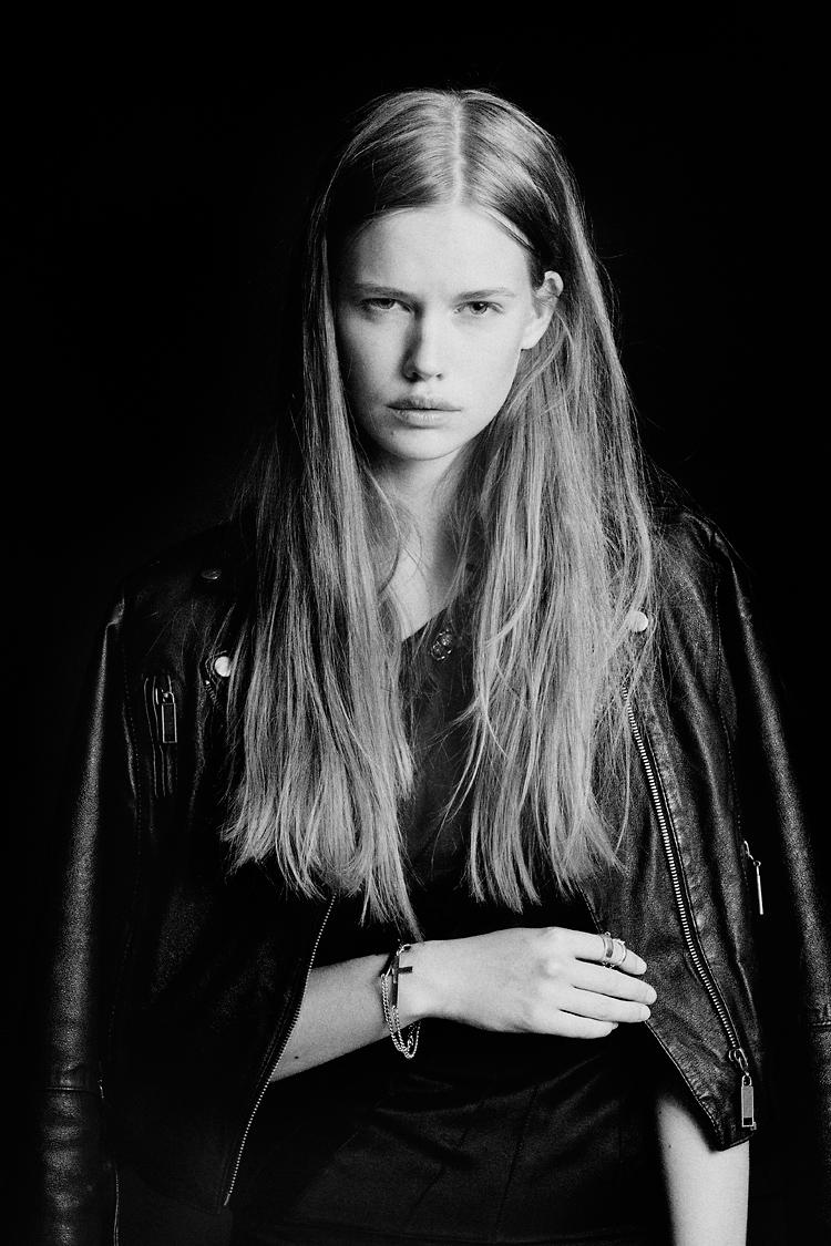 Elite newface shot by photographer Jessica Lund