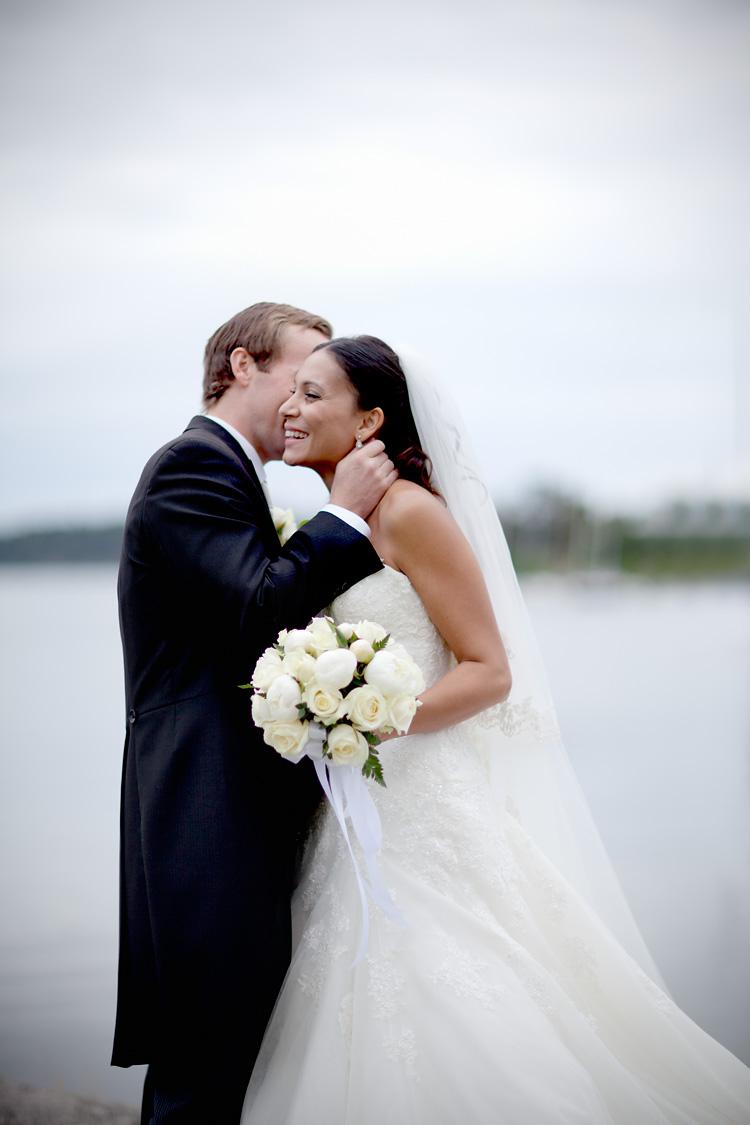 Brudpar fotograferat på Grand Hotell Saltsjöbaden