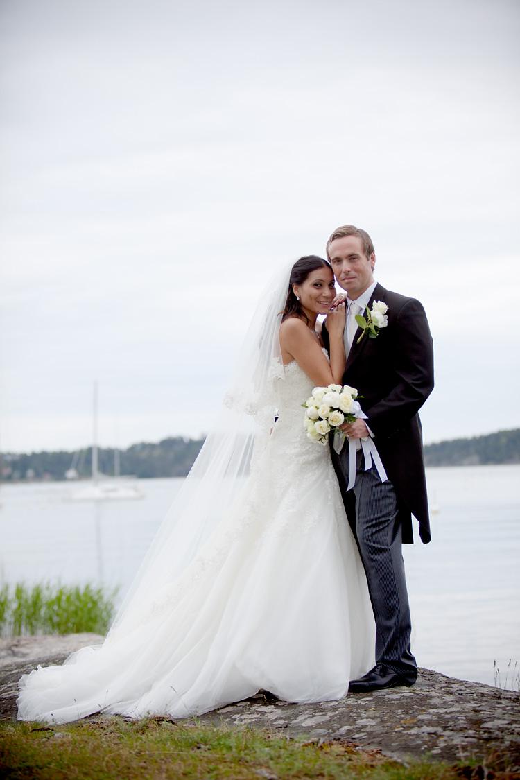 brudpar i skärgården, svensk sommar