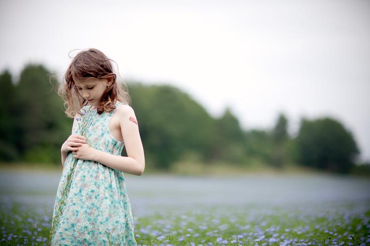 barn fotograferat på linängav fotograf Linköping