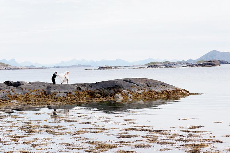 Bryllupsfotografering i Lofoten av bryllupsfotograf Jessica Lund