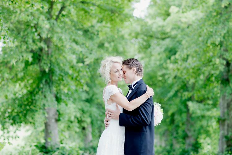 Bröllopsfotografering utanför Åkersberga