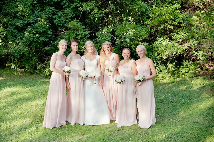 brudtärnor klänningar
