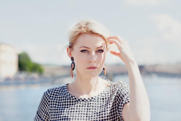 Edda Magnason fotograferad på Skeppsbron i Stockholm