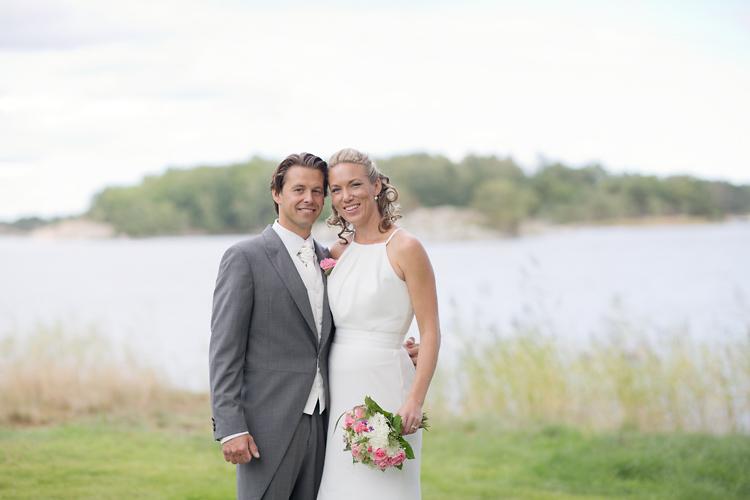 Bröllopsfotografering vid Utö Kyrka