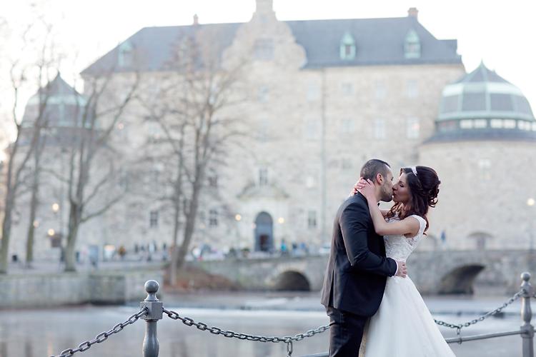 Bröllopskyss Örebro Slott