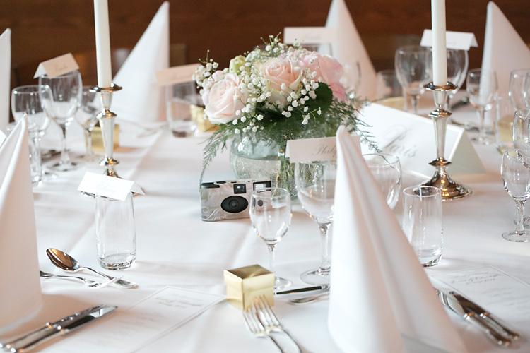 dekoration bröllop dukning