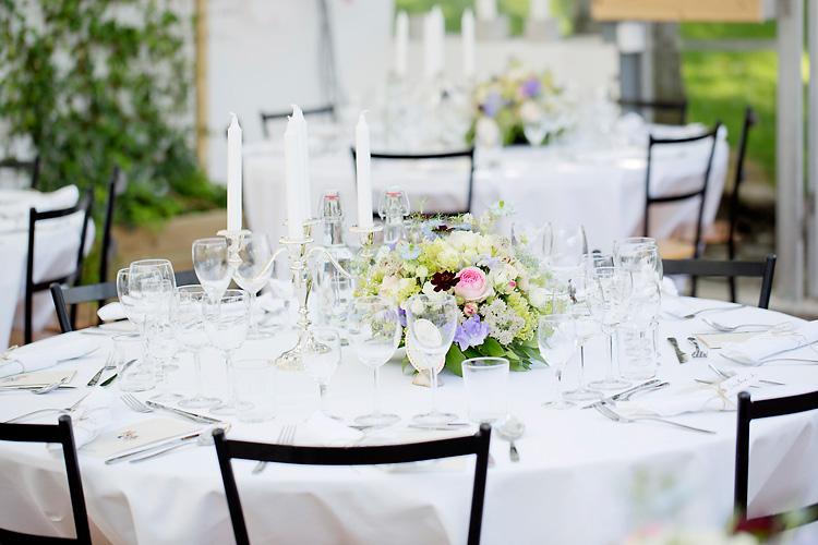 bordsdukning på bröllop