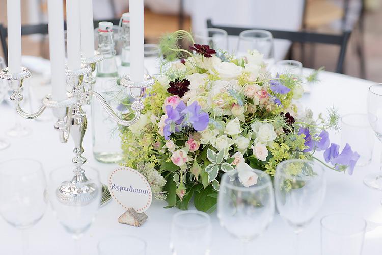 blomsterarrangemang bröllop