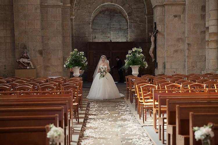 Brud i kyrka Frankrike