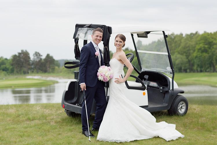 Fotografering med brudpar och golfbild