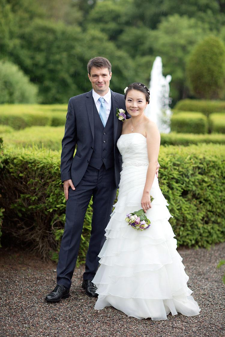 Bröllop i regn Hesselby Slott