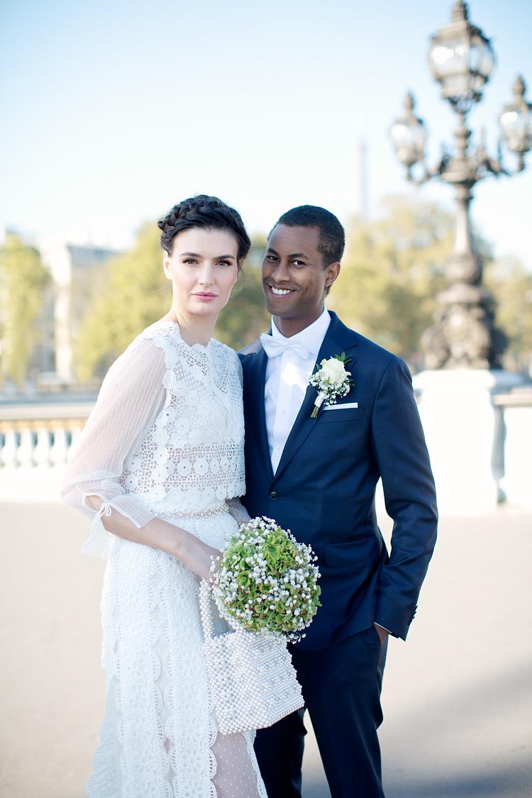 Bröllop Paris vid Louvren